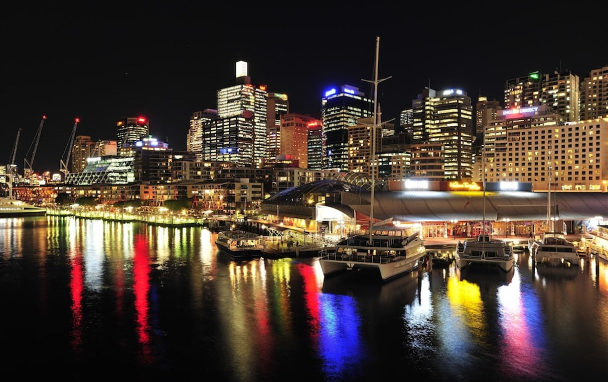 Metro Apartments On Darling Harbour - Sydney