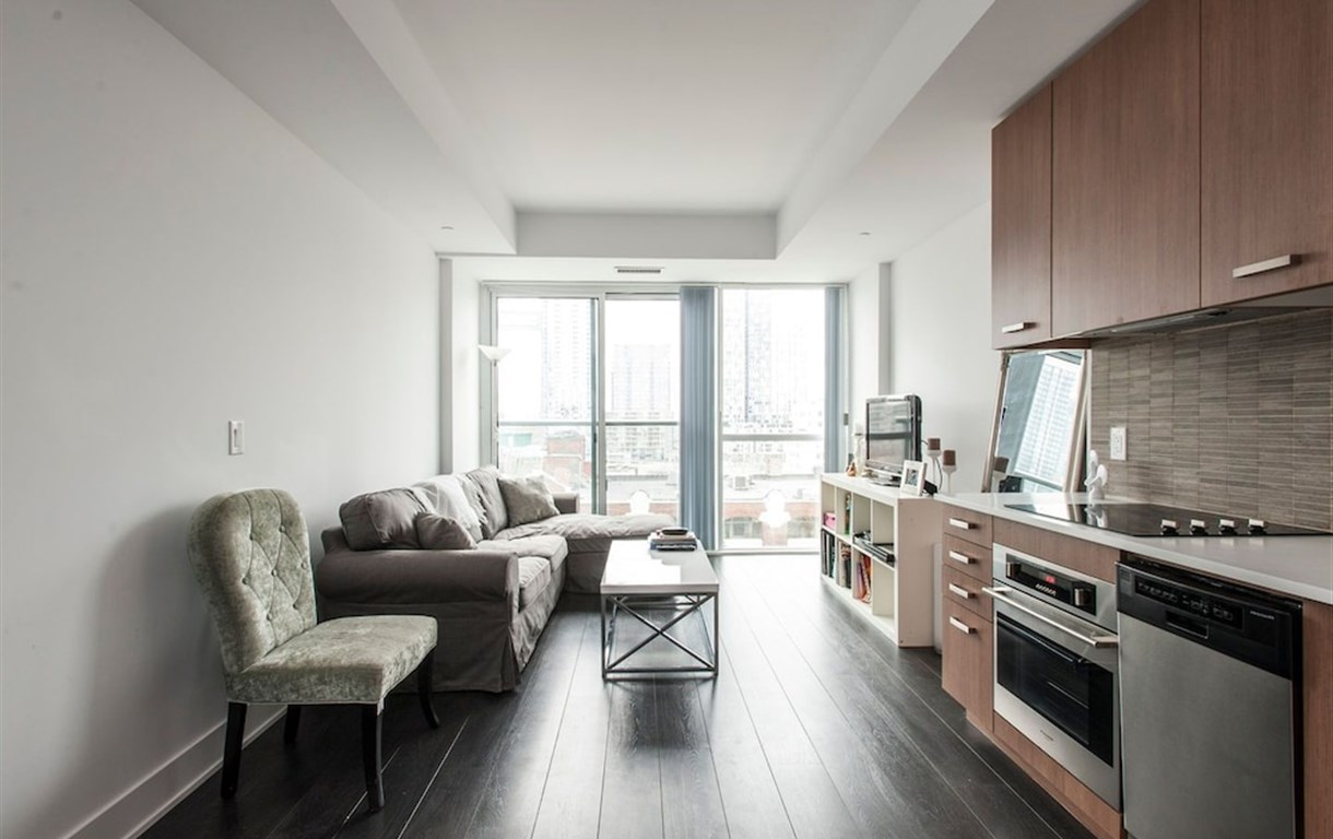 Beautiful King West Apartment