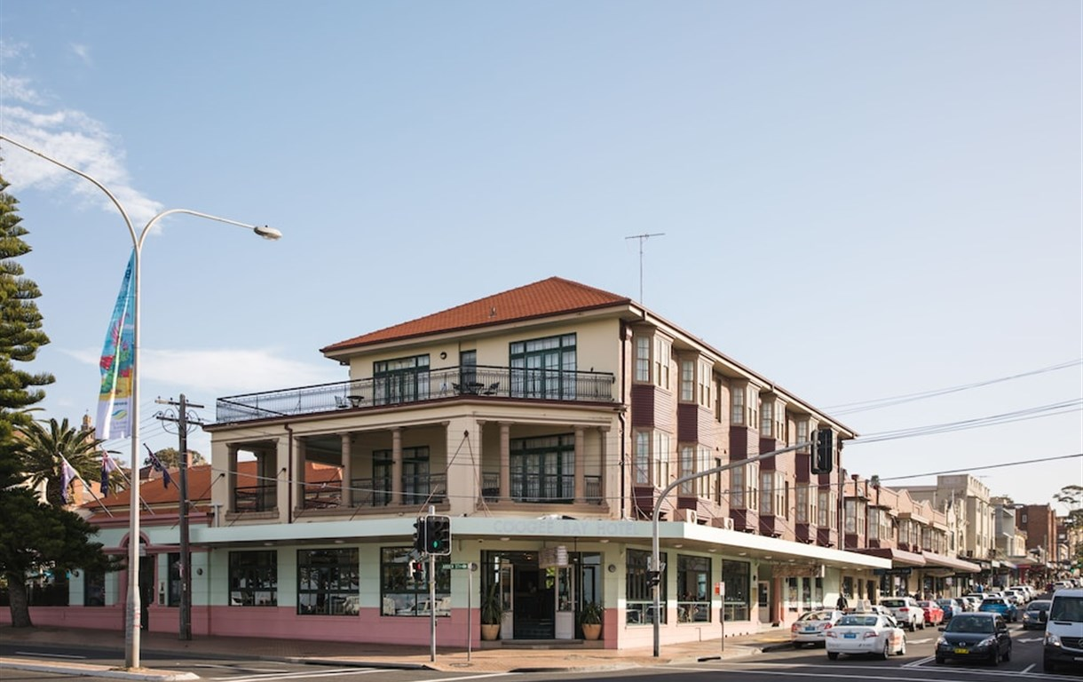 Coogee Bay Hotel Pub Style