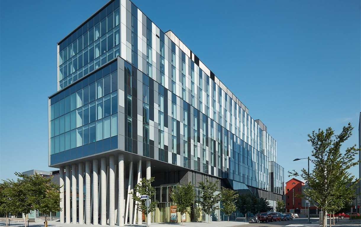 Residence & Conference Centre – Toronto Downtown
