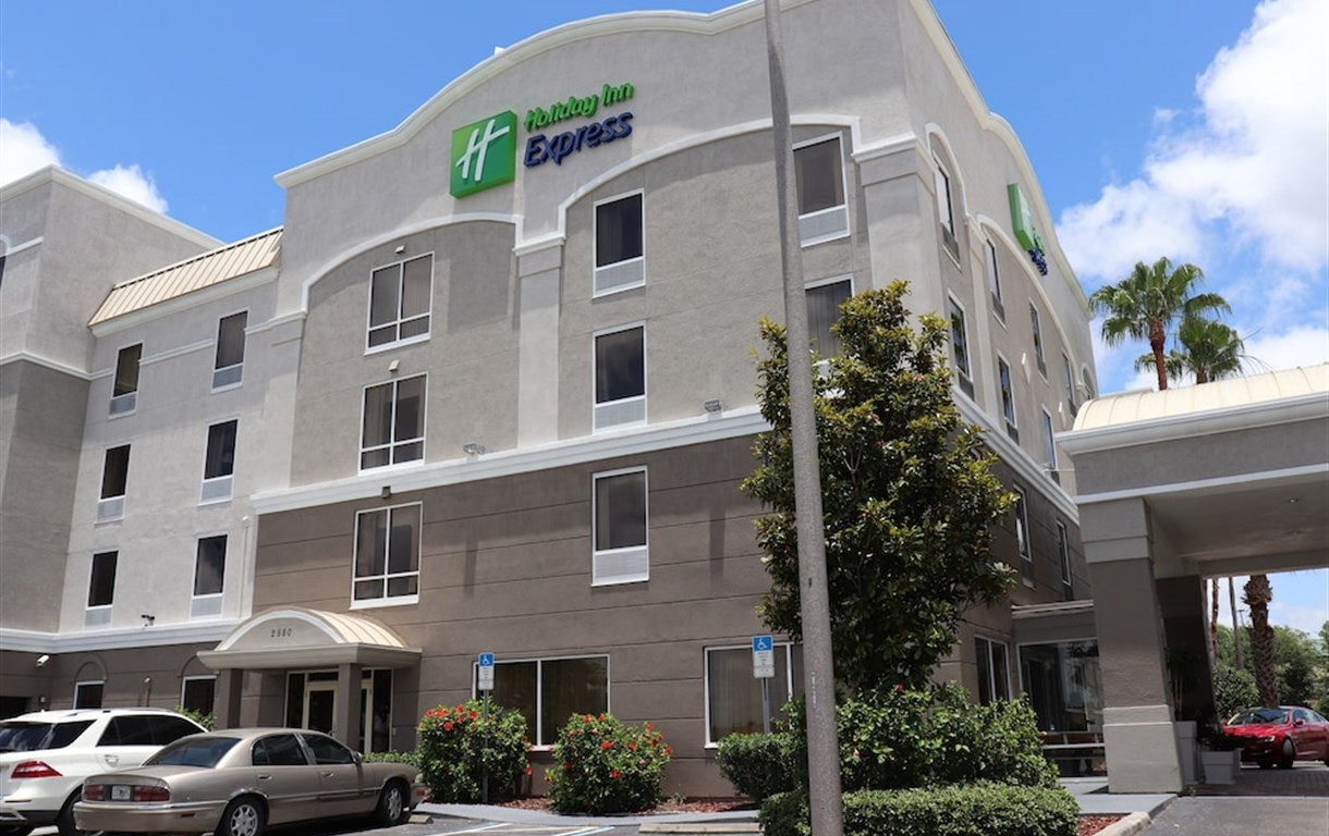Holiday Inn Express Hotel & Suites Clearwater/Us 19 N