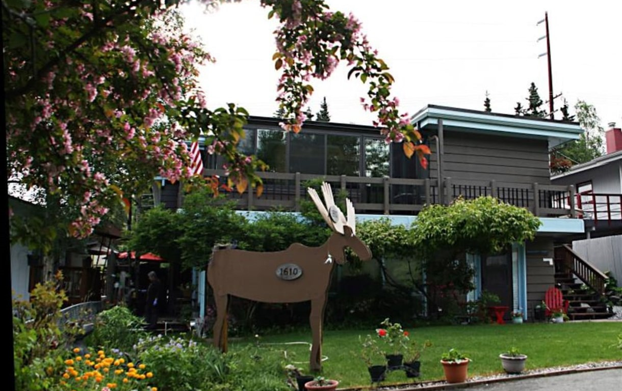 Anchorage Walkabout Town B&B