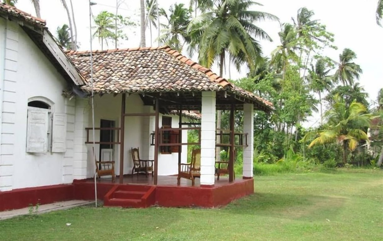 The Colonial Villa