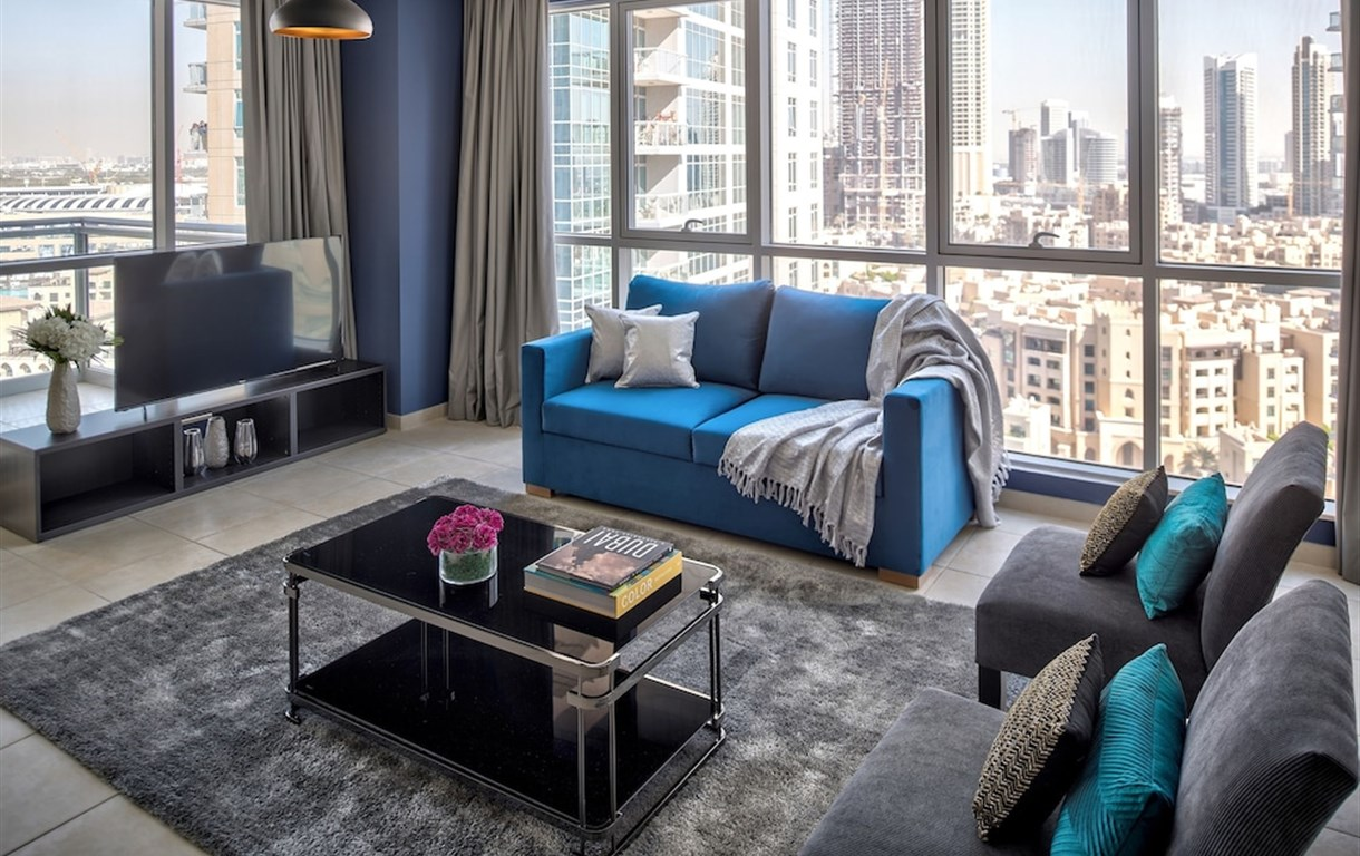 Luxury Staycation - The Residences Tower