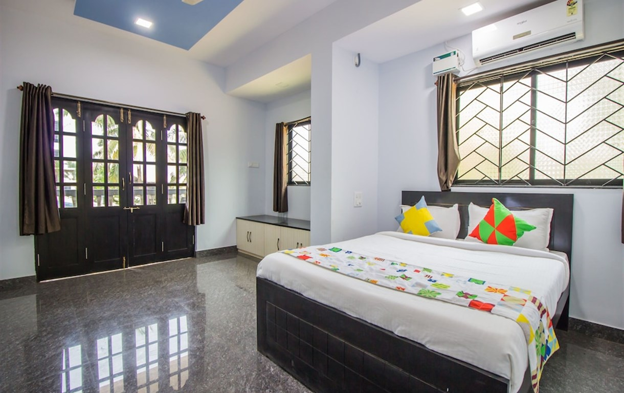 OYO 13298 Home Luxurious Studio Calangute