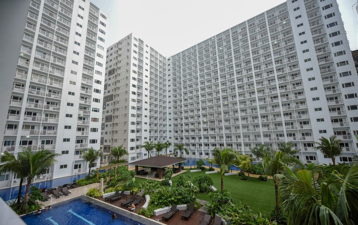 USP Suites at Shore Residences