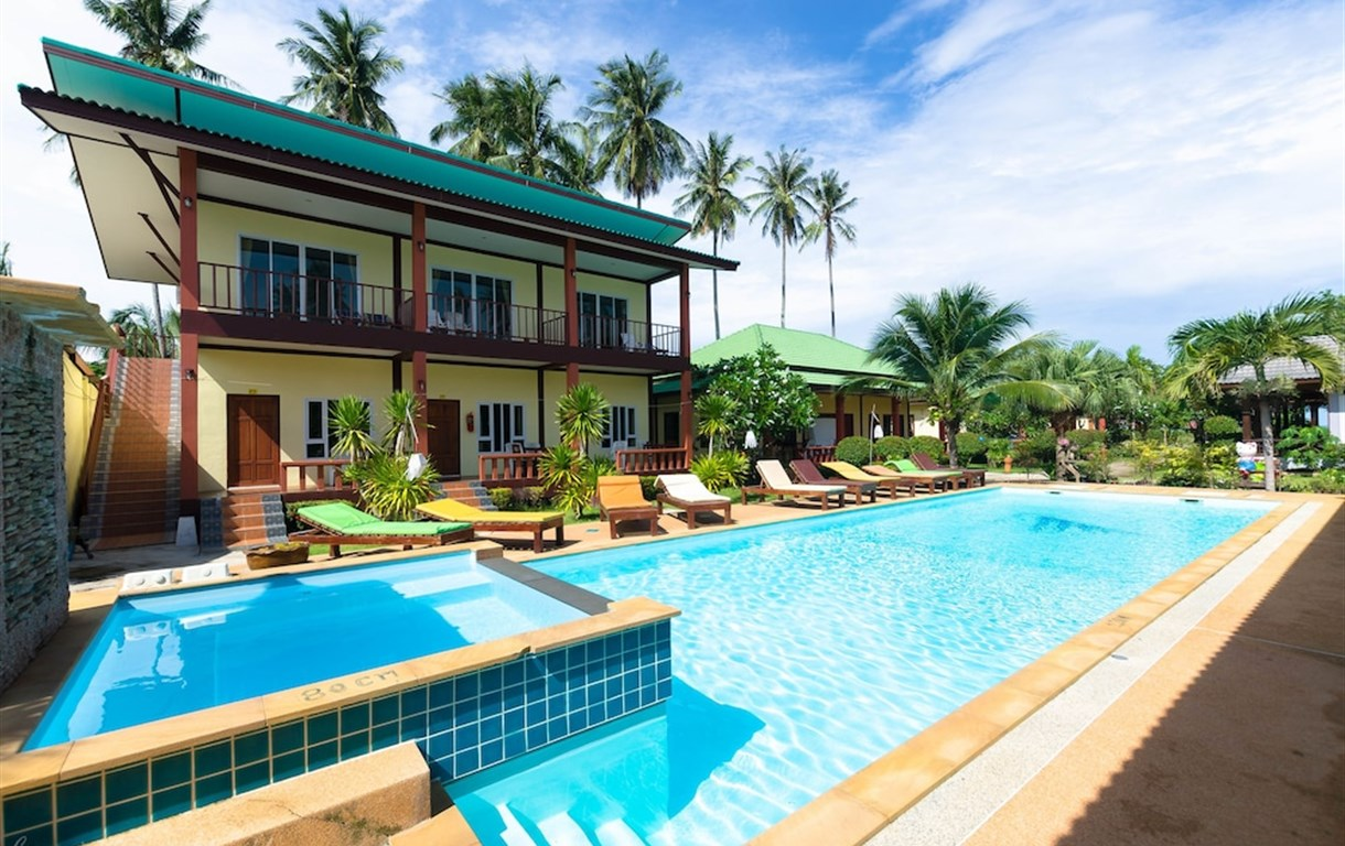 Sleep In Lanta Resort