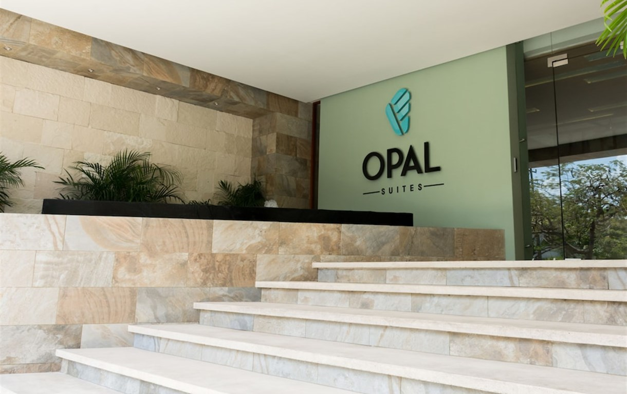 Opal Apt. 404 Exceed Your Expectations, Clean, Sofisticated