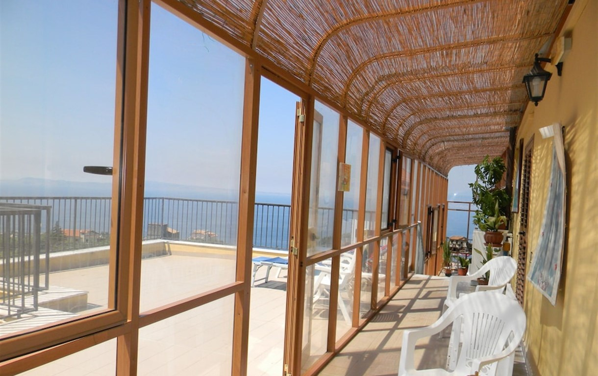Oasi Madre Della Pace - Bed And Breakfast Sorrento