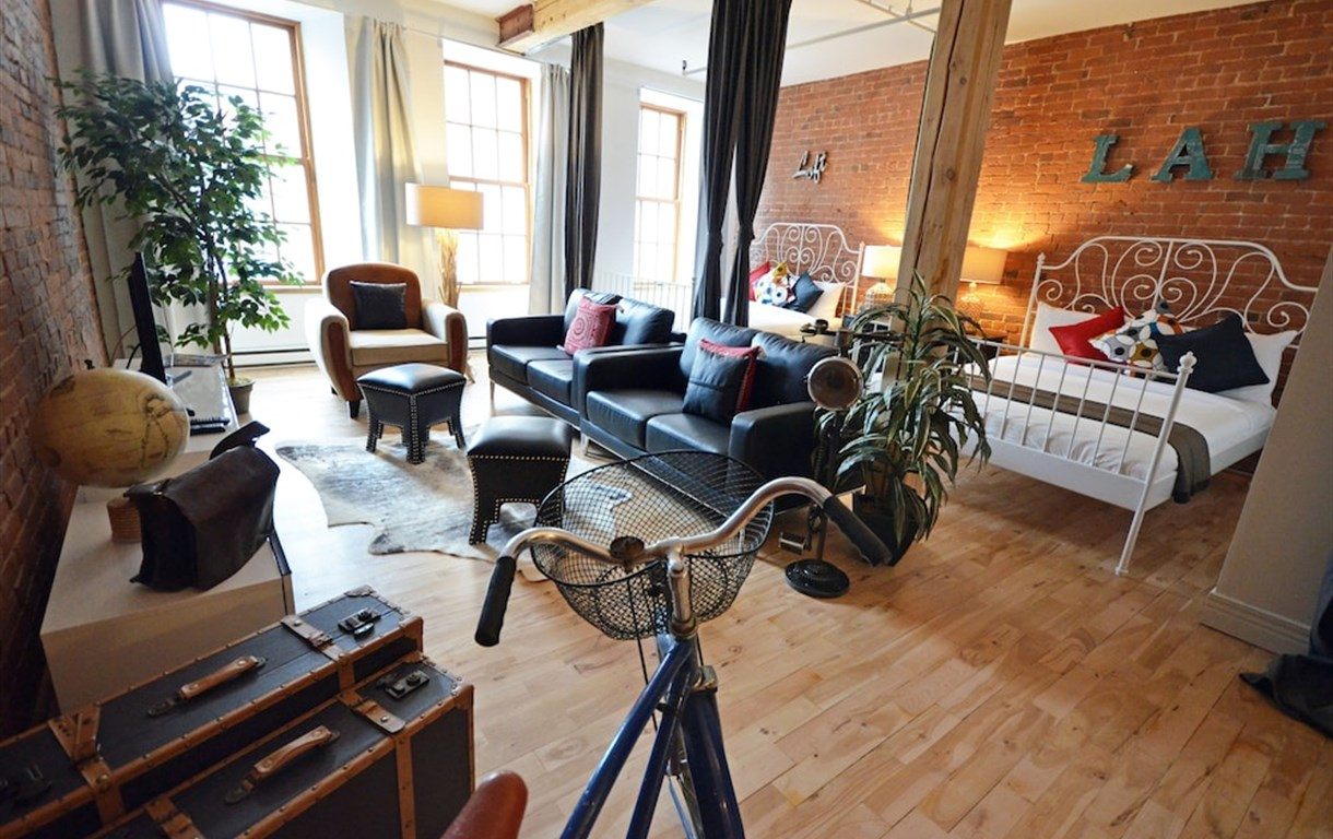 LikeAHotel - Les McGill, Vieux Montreal