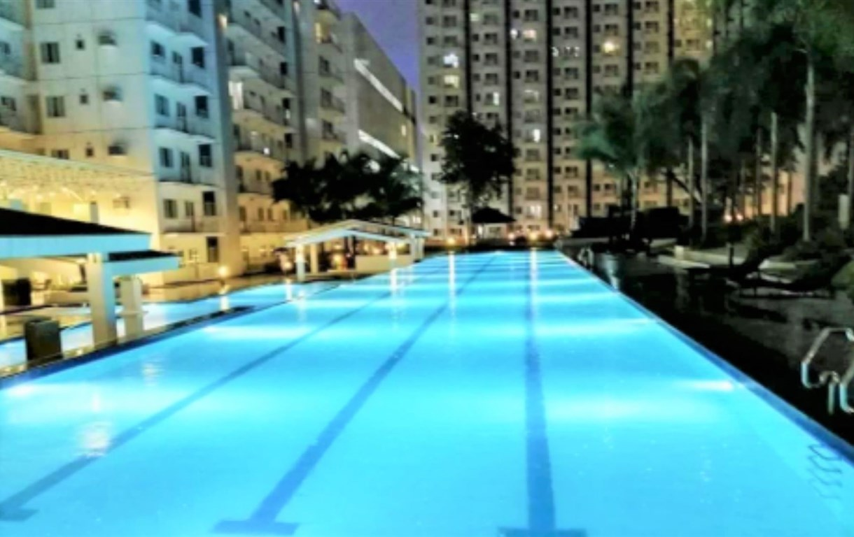 1BR Cityscape at Grass Residences