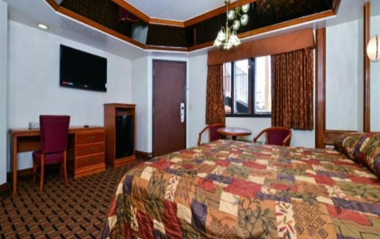 Americas Best Value Inn and Suites Los Angeles Downtown/SW