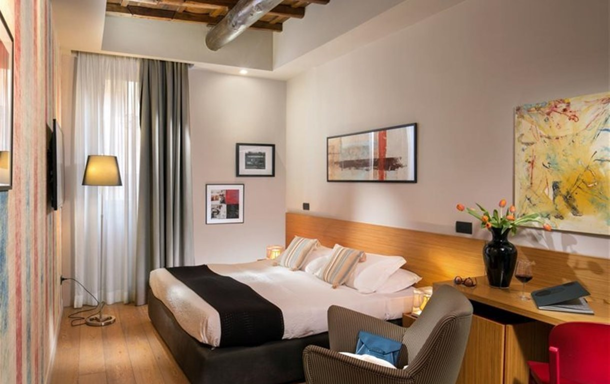 Down Town Boutique Hotel