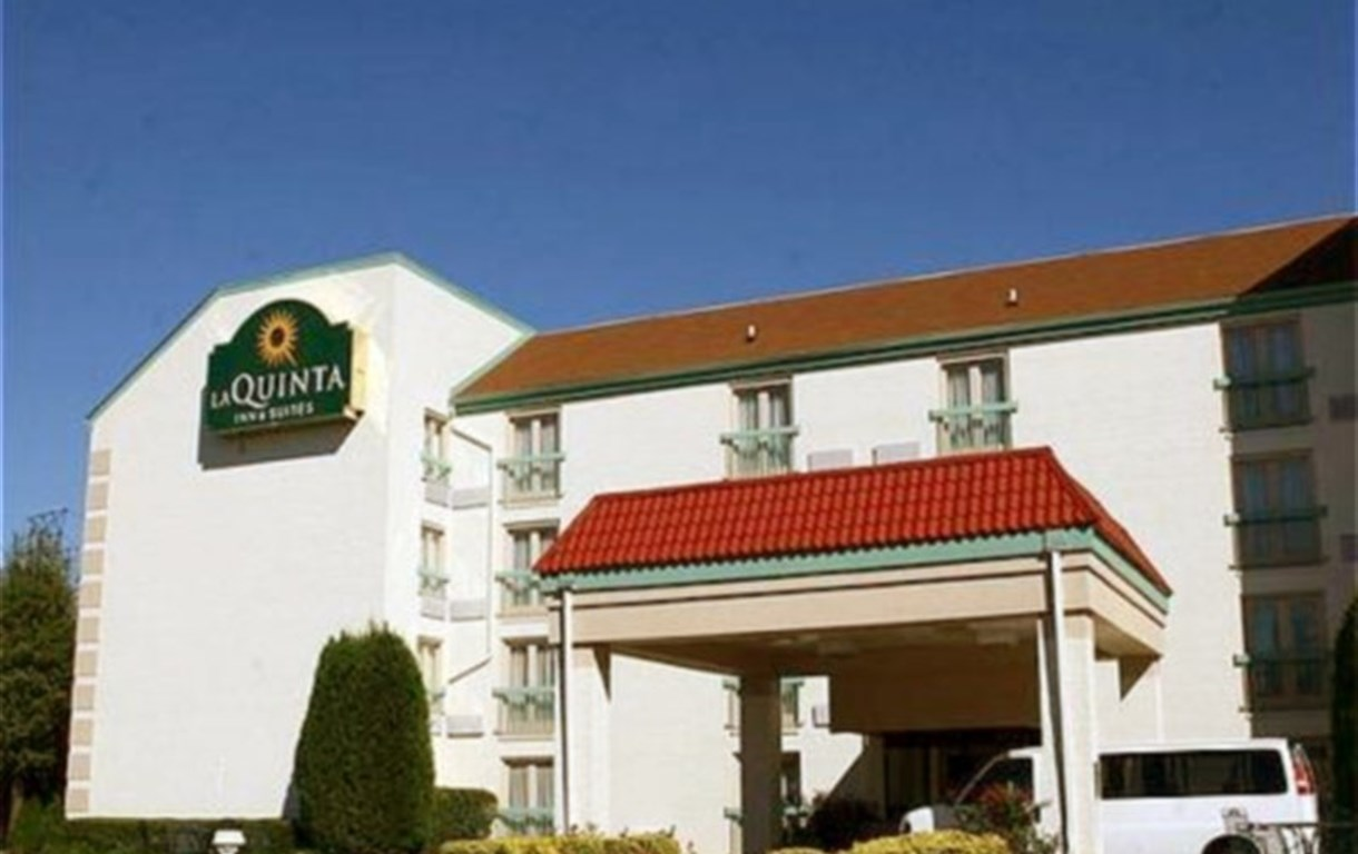 La Quinta Inn And Suites Atlanta Airport