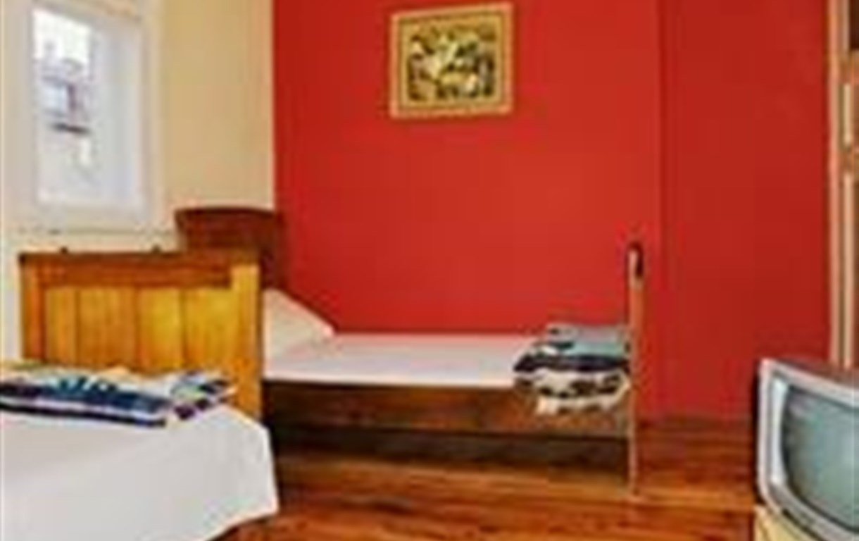 Orient Express Guest House - Hostel