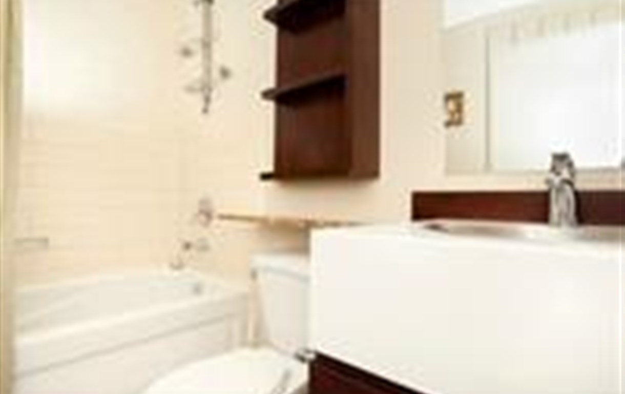 E.S.I Furnished Suites at Harbourview